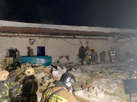 Мэр Локоть назвал причины обрушения крыши в кафе