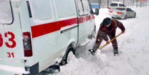 Машины «Скорой помощи» стали чаще застревать в снегу в Новосибирске