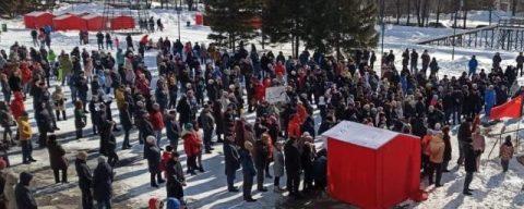 В Краснообске прошел митинг против завода ЖБИ возле жилмассива