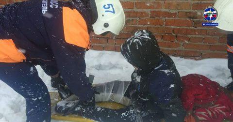 Мальчик сломал ногу, прыгая по гаражам Новосибирска