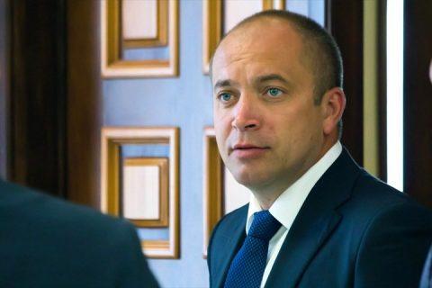 Застройщик из Новосибирска исключен из фракции КПРФ