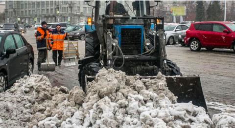 Новосибирские депутаты раскритиковали дороги и уборку снега