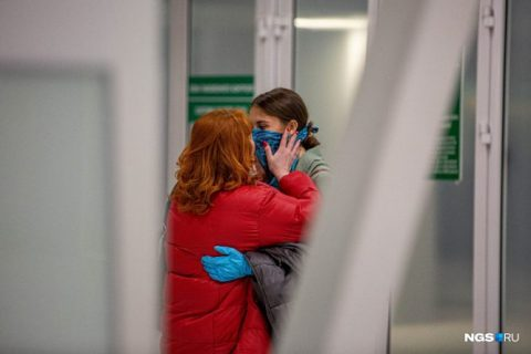 Самолет из Дубая сел в аэропорту Новосибирска
