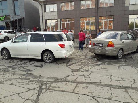ДТП в Бердске: столкнулись две иномарки