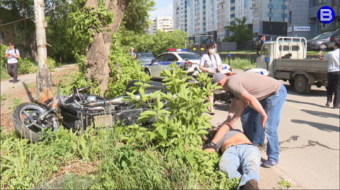 Новосибирский депутат впал в кому после ДТП на мотоцикле