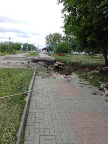 Власти Новосибирска нашли виновников размыва набережной