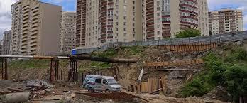 Школу и дом построят в Новосибирске на месте лога