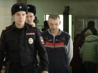 В Новосибирске судят Путина за угрозы жене