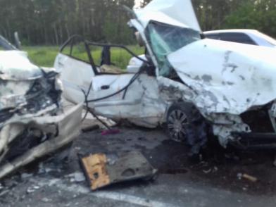 Двое погибли в смертельном ДТП под Новосибирском