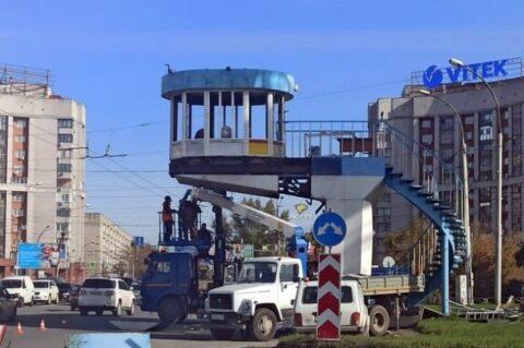 В Новосибирске снесут один из самых известных постов ГИБДД