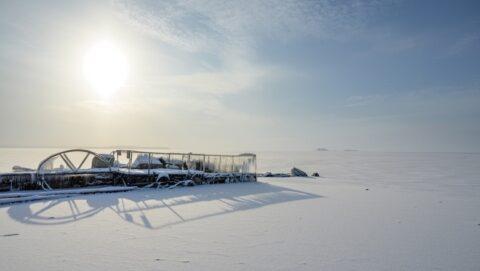 Снимки замерзшего Обского моря сделал новосибирский фотограф