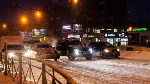 Новосибирск сегодня вновь страдает от пробок