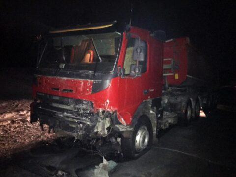 Два человека погибли в ДТП фуры и Toyota в Новосибирской области