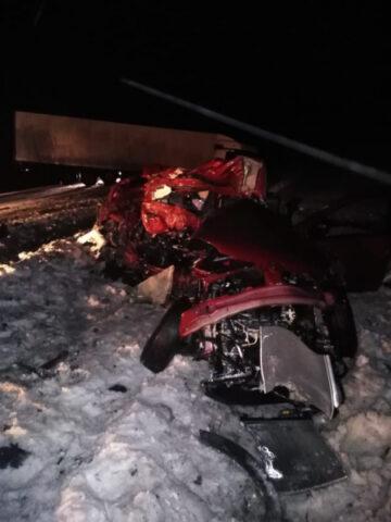 В аварии в Новосибирской области погибли двое взрослых и ребенок