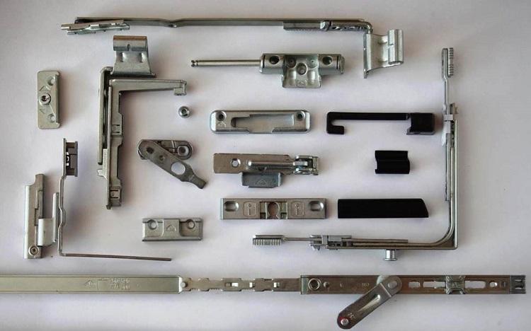 Как выбрать фурнитуру для пластиковых окон