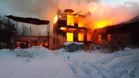 В Октябрьском районе Новосибирска при пожаре спаслись три ребенка