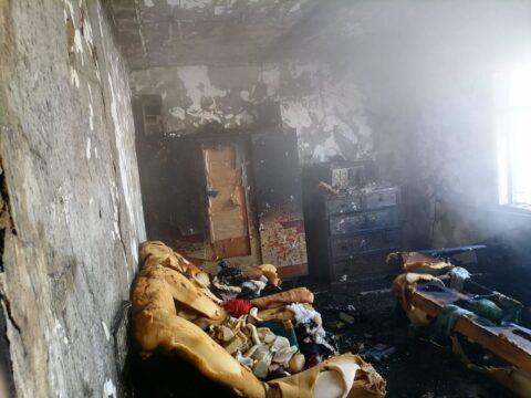 В Новосибирской области в пожаре чуть не погибли трое детей