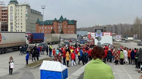 В Новосибирске эвакуировали ТЦ «Мега»