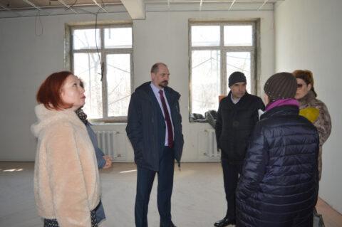 В Новосибирской области ведется ремонт восьми детских школ искусств