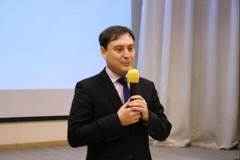 В Новосибирской области открылась областная школа волонтеров