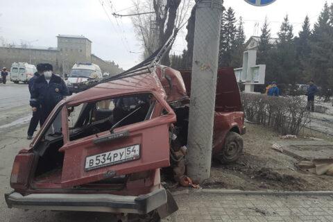 Смертельное ДТП произошло на улице Станиславского в Новосибирске