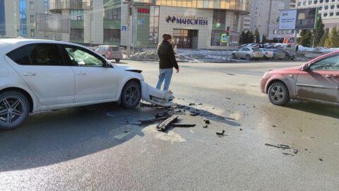 Серьезная авария произошла в центре Новосибирска