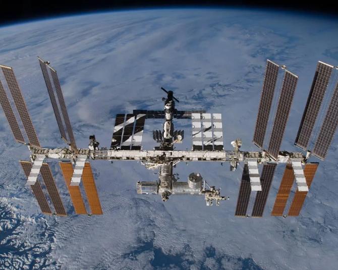 Россия собирается отделить огромный кусок Международной космической станции