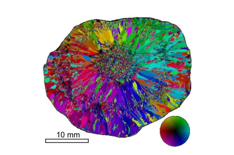 Геофизики обнаружили ледяные кристаллические структуры градин